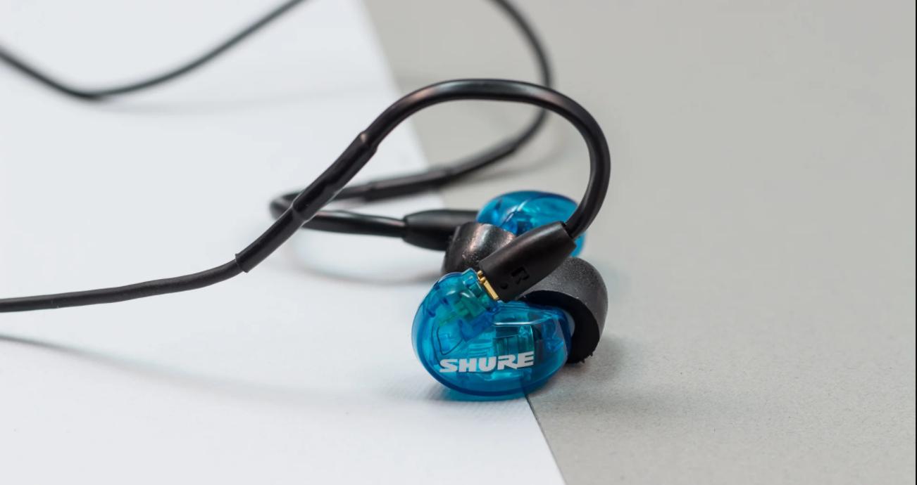 Как да предпазим тапите за уши от неприятна миризма
